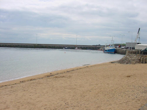 anstruther fishing boat in harbour picture photograph image