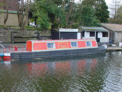 canal barge scotland picture