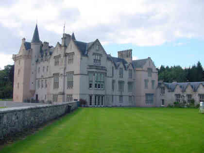 brodie castle picture photograph places to visit in scotland