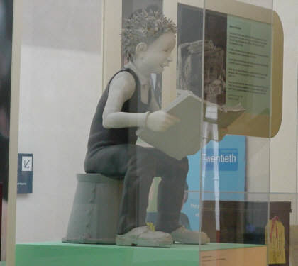 d.c. thomson's oor wullie picture photograph